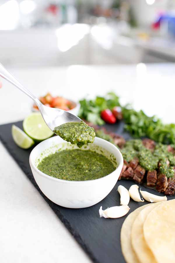 Easy 5 ingredient chimichurri sauce